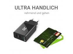 Cargador USB x 3, DC 5V 2.4A x2, DC 12V 1.5A x1